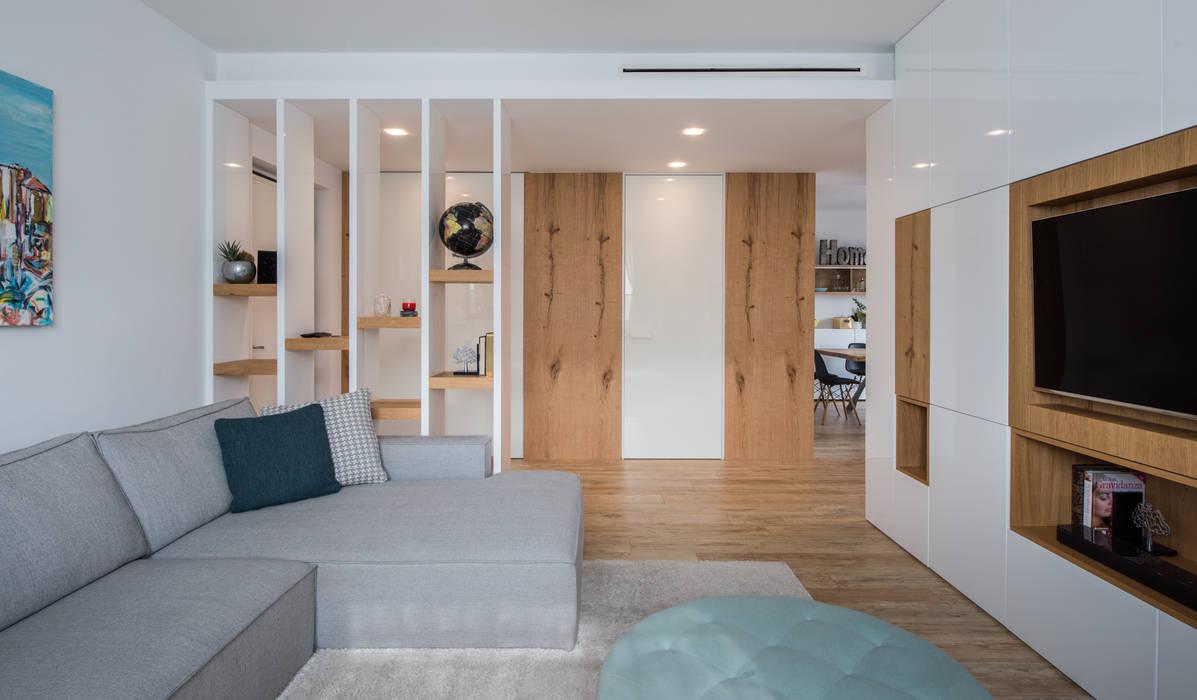 Un appartamento moderno con un giusto mix di materiali di recupero ...