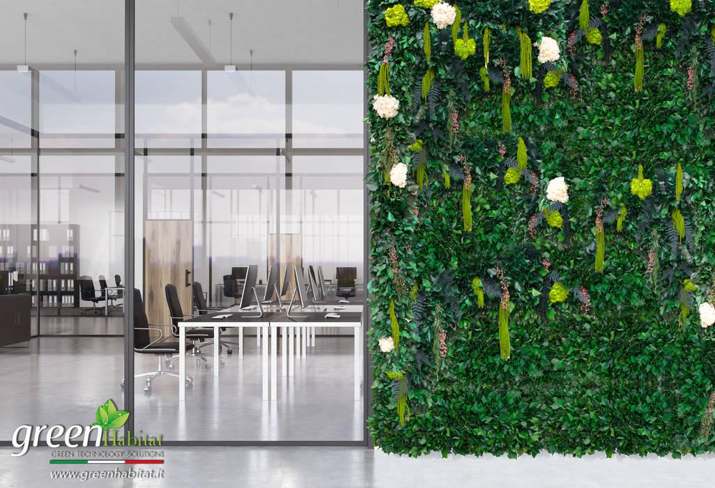 GIARDINO VERTICALE SENZA MANUTENZIONE: Studio in stile in stile Industriale di Green Habitat s.r.l.