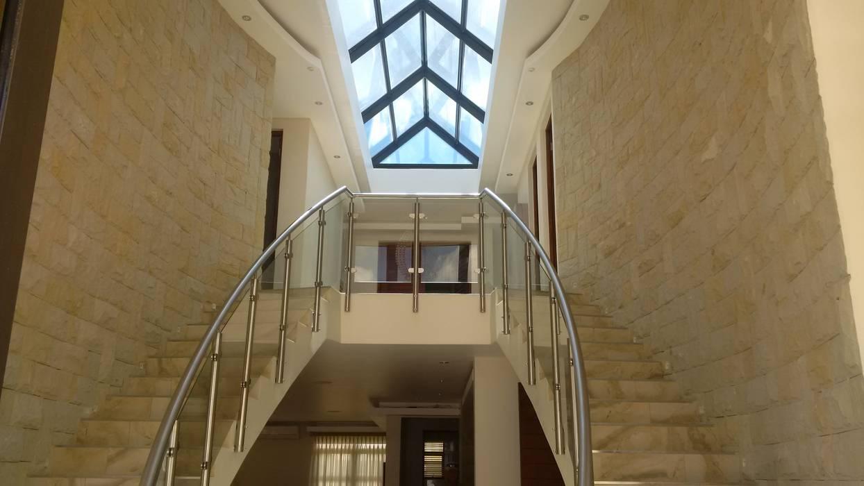 de AH Architects Moderno