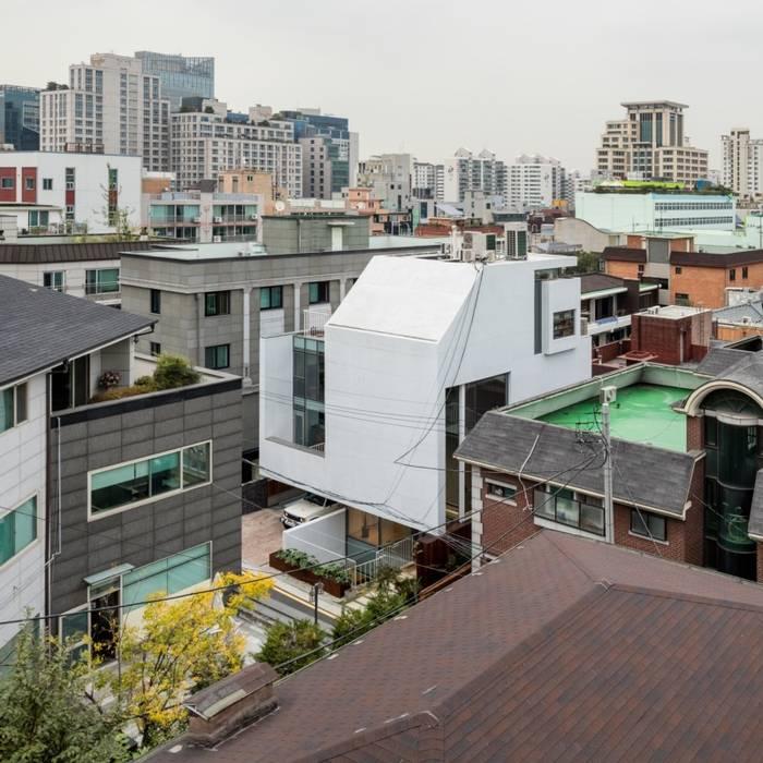 Modern houses by L'eau Design Modern