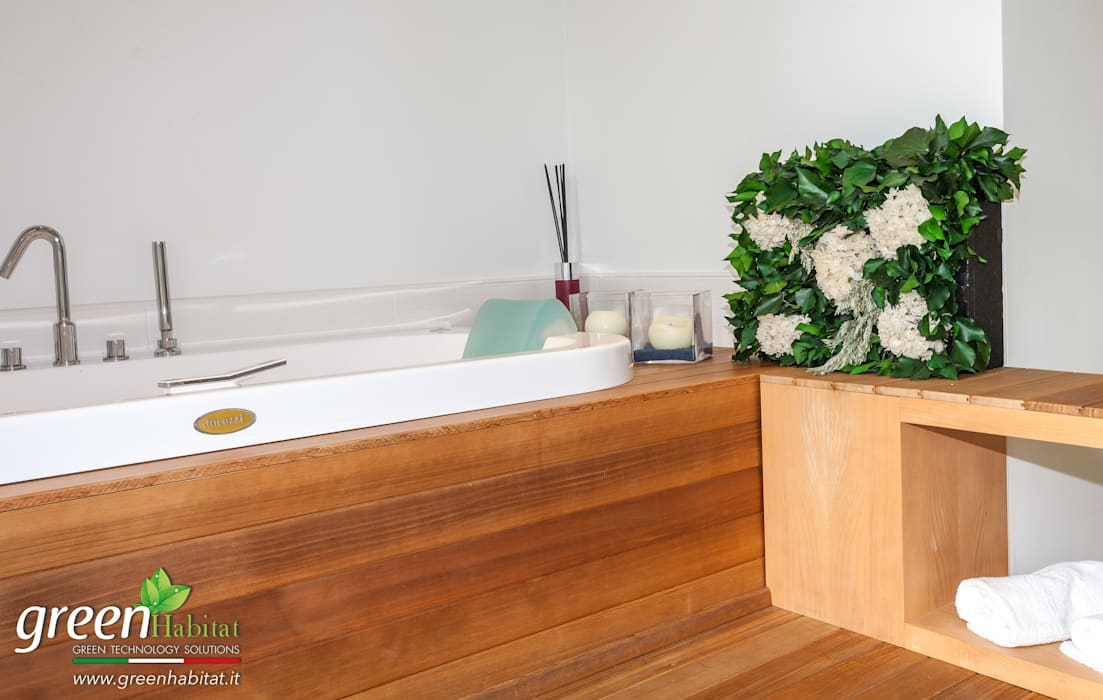 VASCA DA BAGNO CON BELLISSIME ORTENSIE: Bagno in stile in stile Moderno di Green Habitat s.r.l.