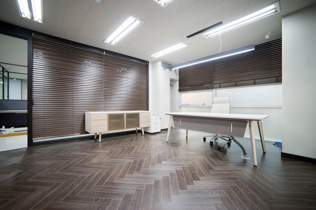 제시카디자인그룹 Moderne Bürogebäude
