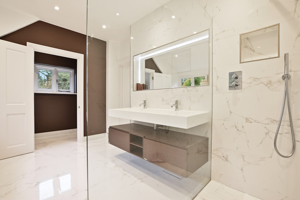 Case Study: Jersey Farmhouse, Berkshire:  Bathroom by BathroomsByDesign Retail Ltd