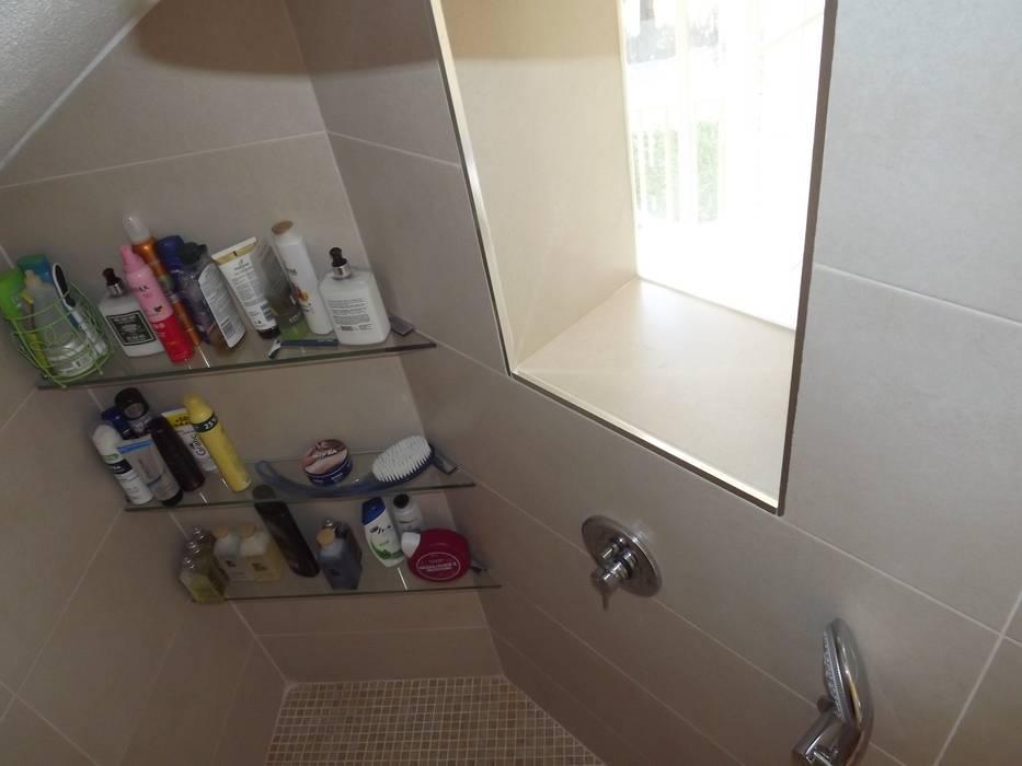 Reforma de baño contemporáneo: Baños de estilo  de Almudena Madrid Interiorismo, diseño y decoración de interiores, Moderno Cerámico
