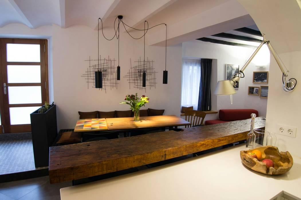 Barra de cocina y mesa de comedor: de estilo de fritz&wood ...