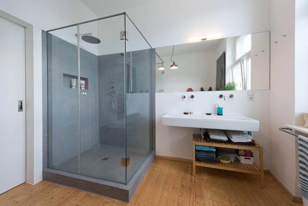 Grau moderne badezimmer von grotegut architekten modern | homify
