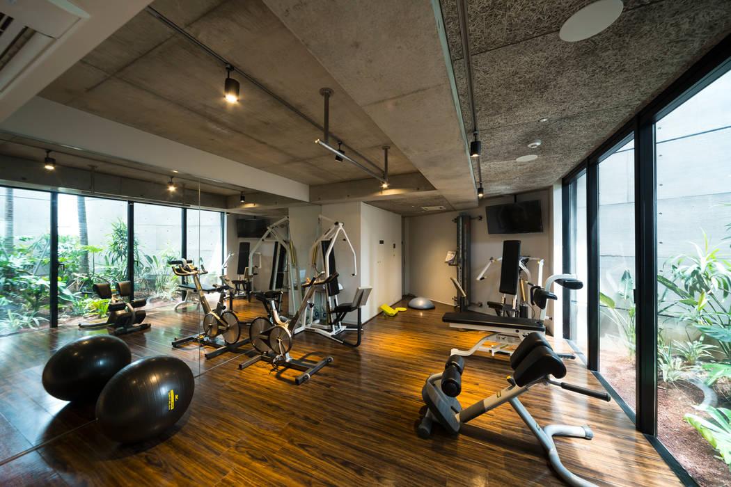 ห้องออกกำลังกาย by (有)中尾英己建築設計事務所