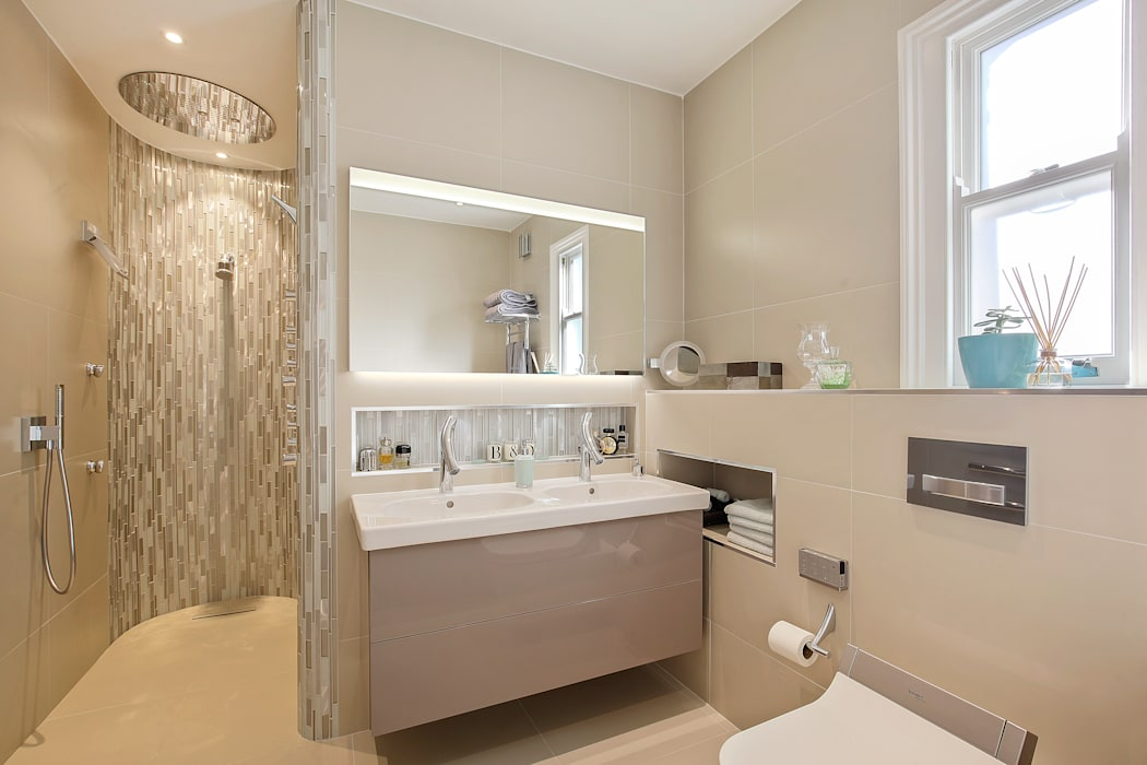 Case Study: Richmond Ensuite, TW9: modern Bathroom by BathroomsByDesign Retail Ltd