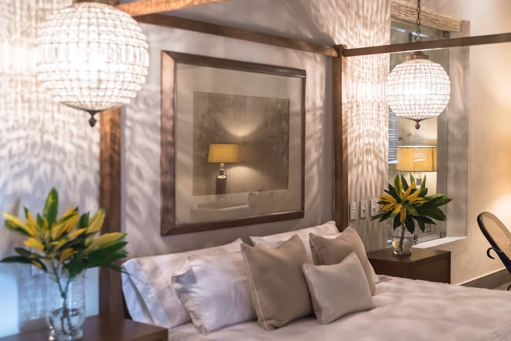HACIENDA SANTA CRUZ DE PAPARE: Habitaciones de estilo  por Maria Teresa Espinosa