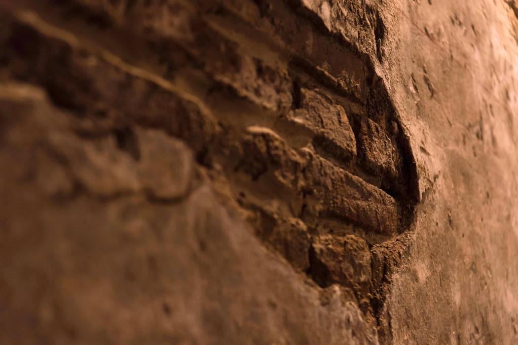 Walls by Maria Teresa Espinosa,