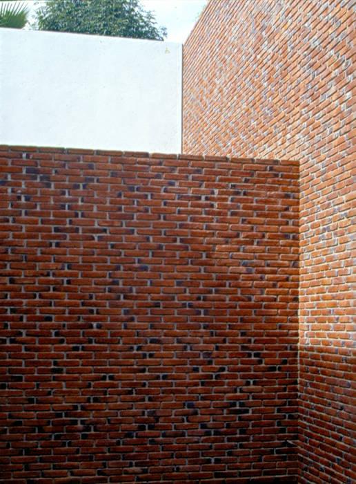 Patio Interior de homify Moderno Ladrillos