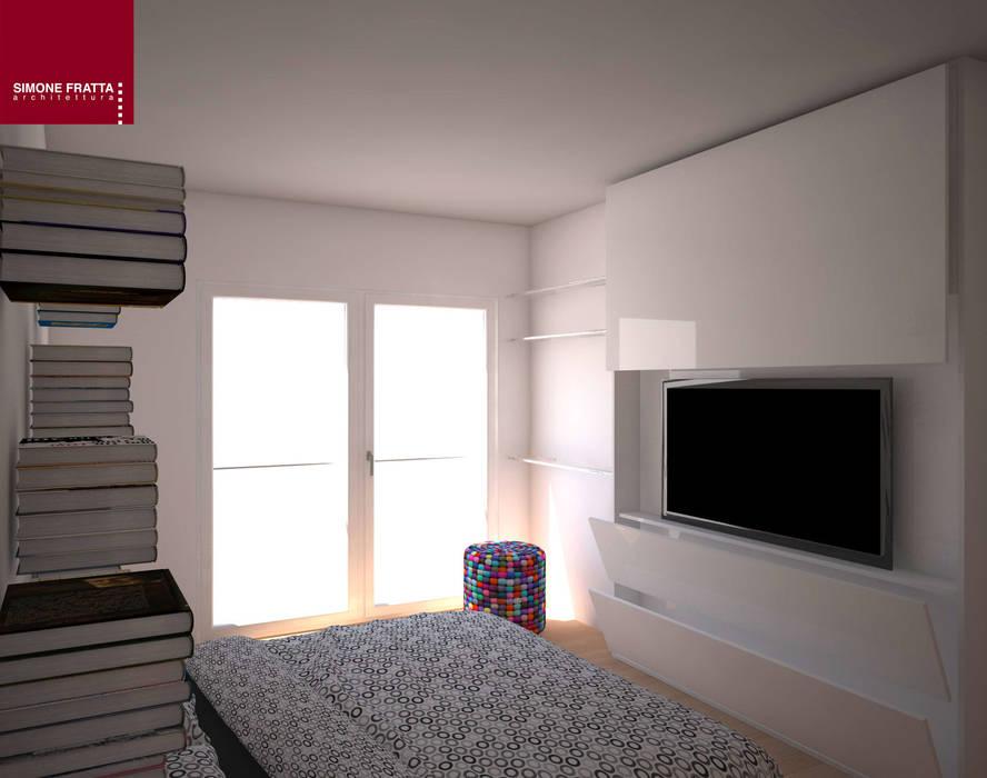 Parete attrezzata: camera da letto in stile di simone fratta ...