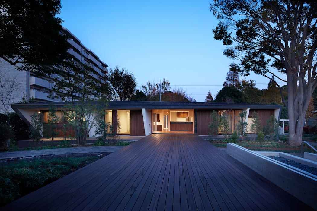 Modern home by 山縣洋建築設計事務所 Modern