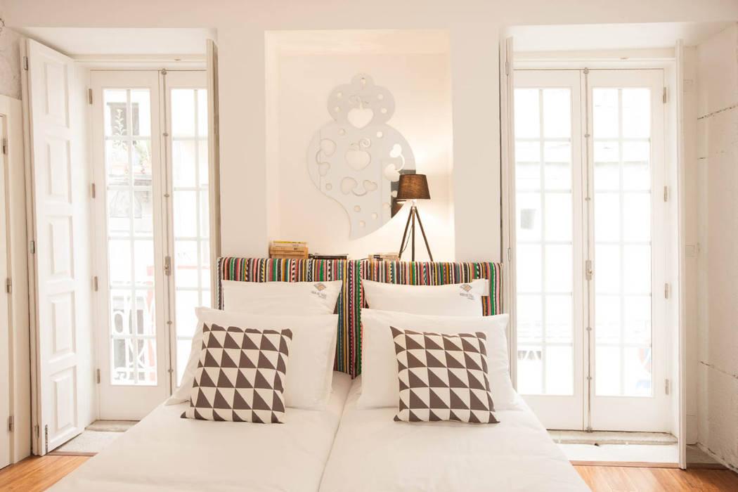臥室 by SHI Studio, Sheila Moura Azevedo Interior Design, 北歐風