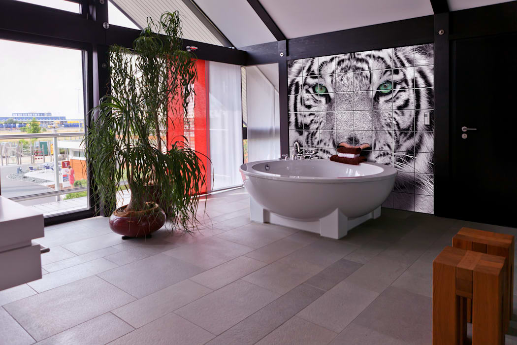 Bathroom tiles:  Bathroom by UniqueTiles Ltd