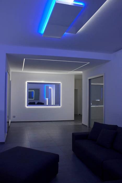 salotto: Soggiorno in stile in stile Minimalista di Giemmecontract srl.