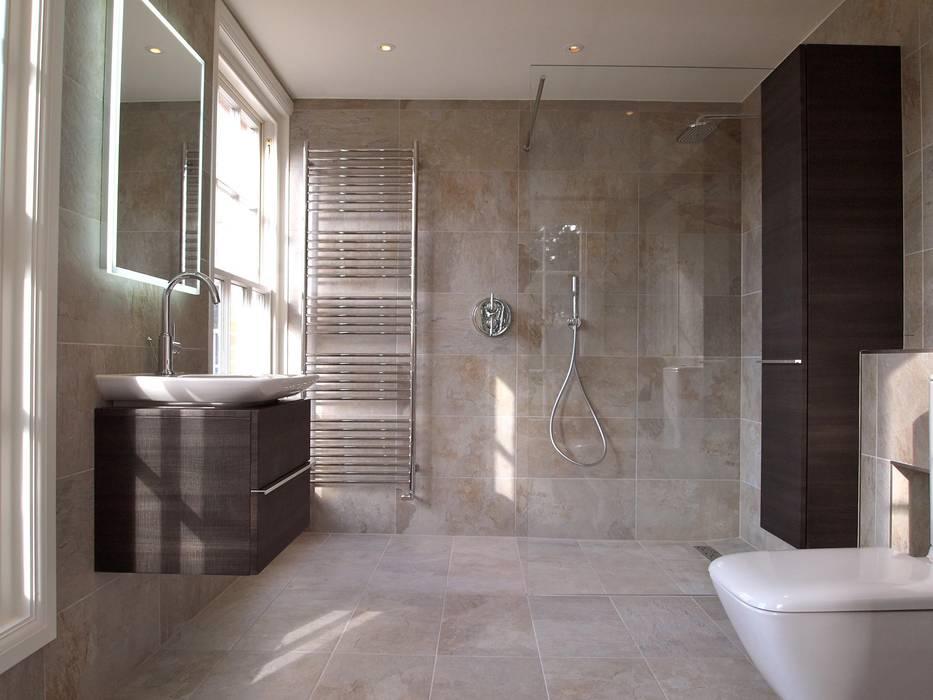 Exquisite Shower Room: modern Bathroom by DeVal Bathrooms