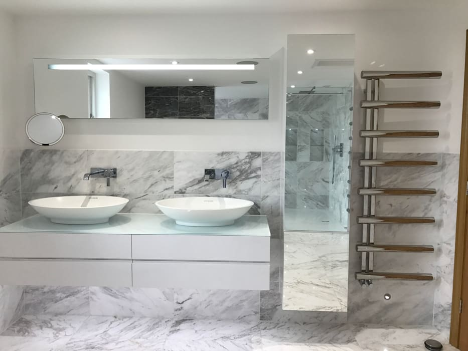 Hotel Inspired Bathroom: modern Bathroom by DeVal Bathrooms