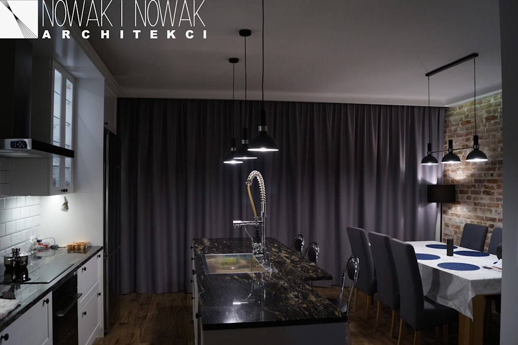 根據 Nowak i Nowak Architekci 現代風