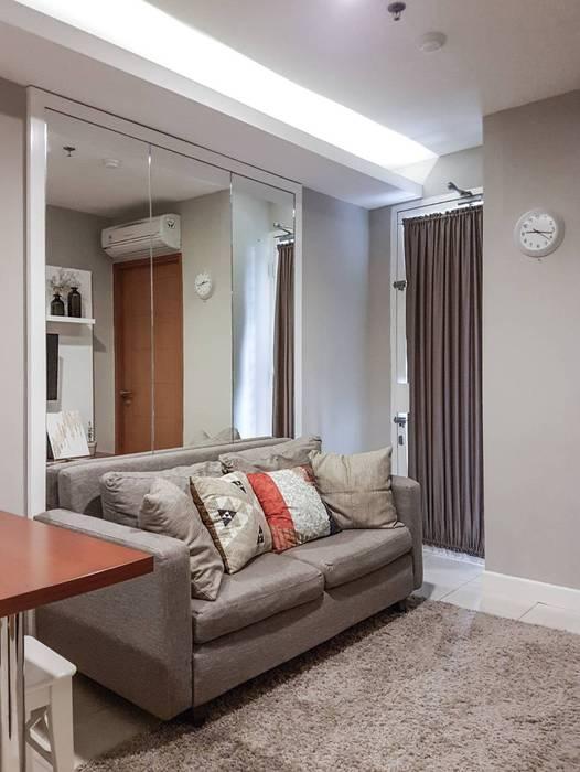 Ruang Santai:  Ruang Keluarga by FIANO INTERIOR