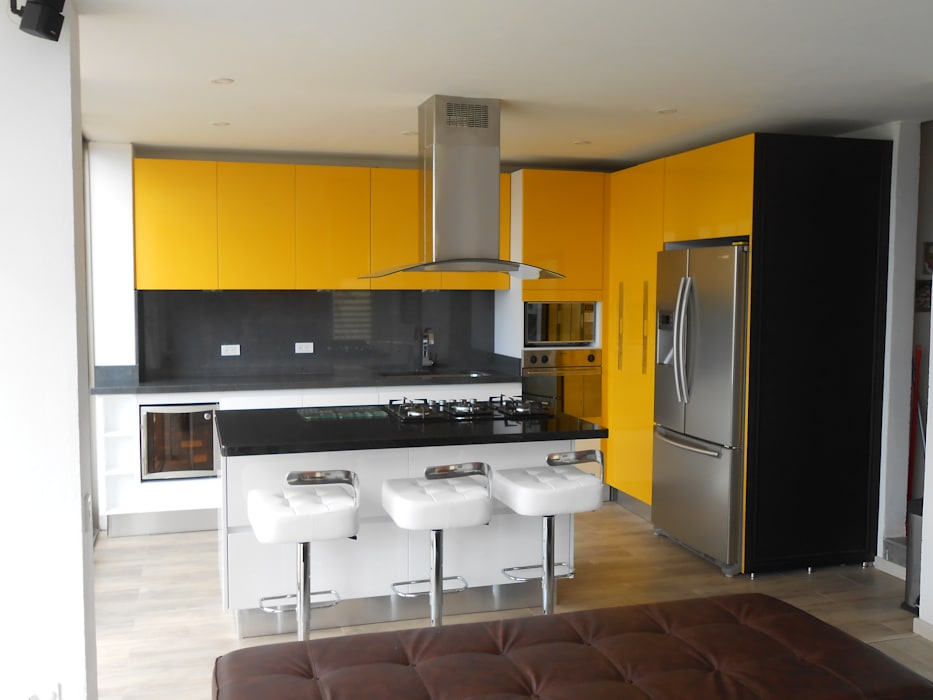 by Proyectos Modulares Modern Chipboard