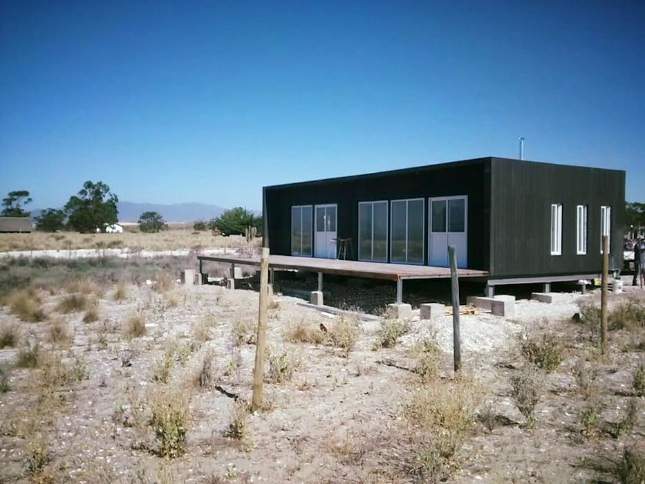 vista general: Casas de estilo  por ALLEGRE ARQUITECTOS