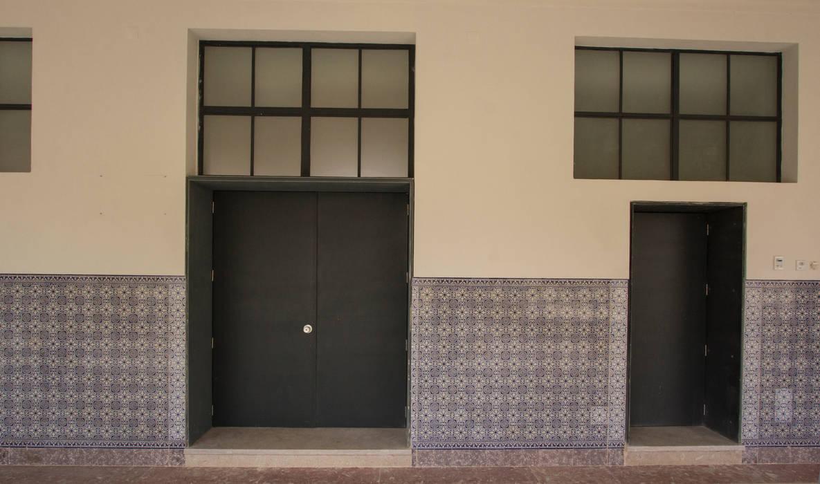 من Eugénio Queiroz Arquiteto إستعماري