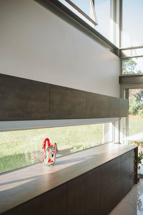 House BellaVida, Salt Rock, South Africa  :  Kitchen by Hugo Hamity Architects