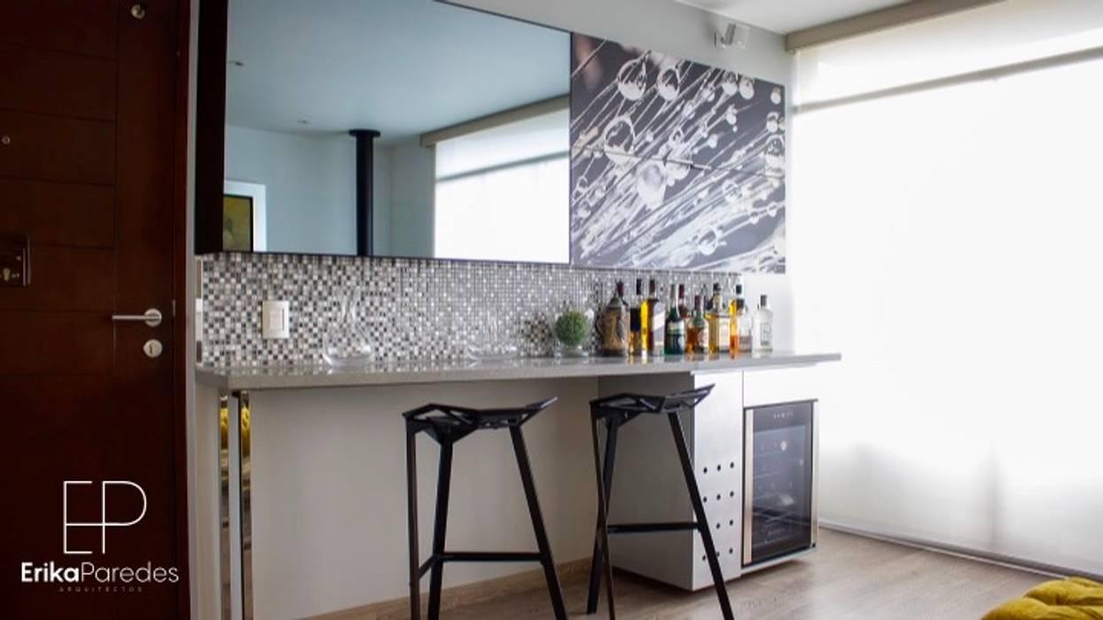 Bar: Anexos de estilo  por EPG  Studio