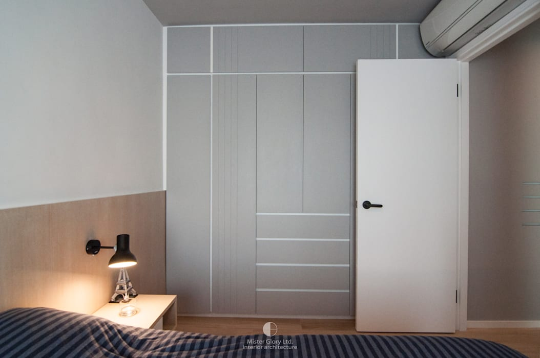 8:  Bedroom by Mister Glory Ltd, Minimalist