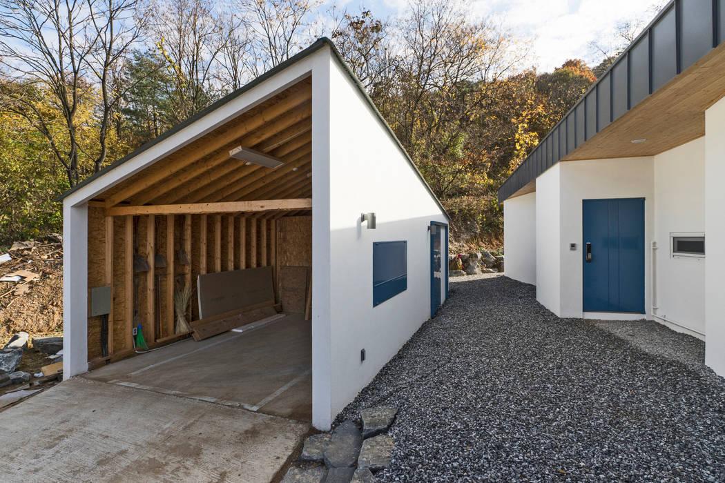 청양 농가주택 프로젝트: 적정건축의  주택,모던