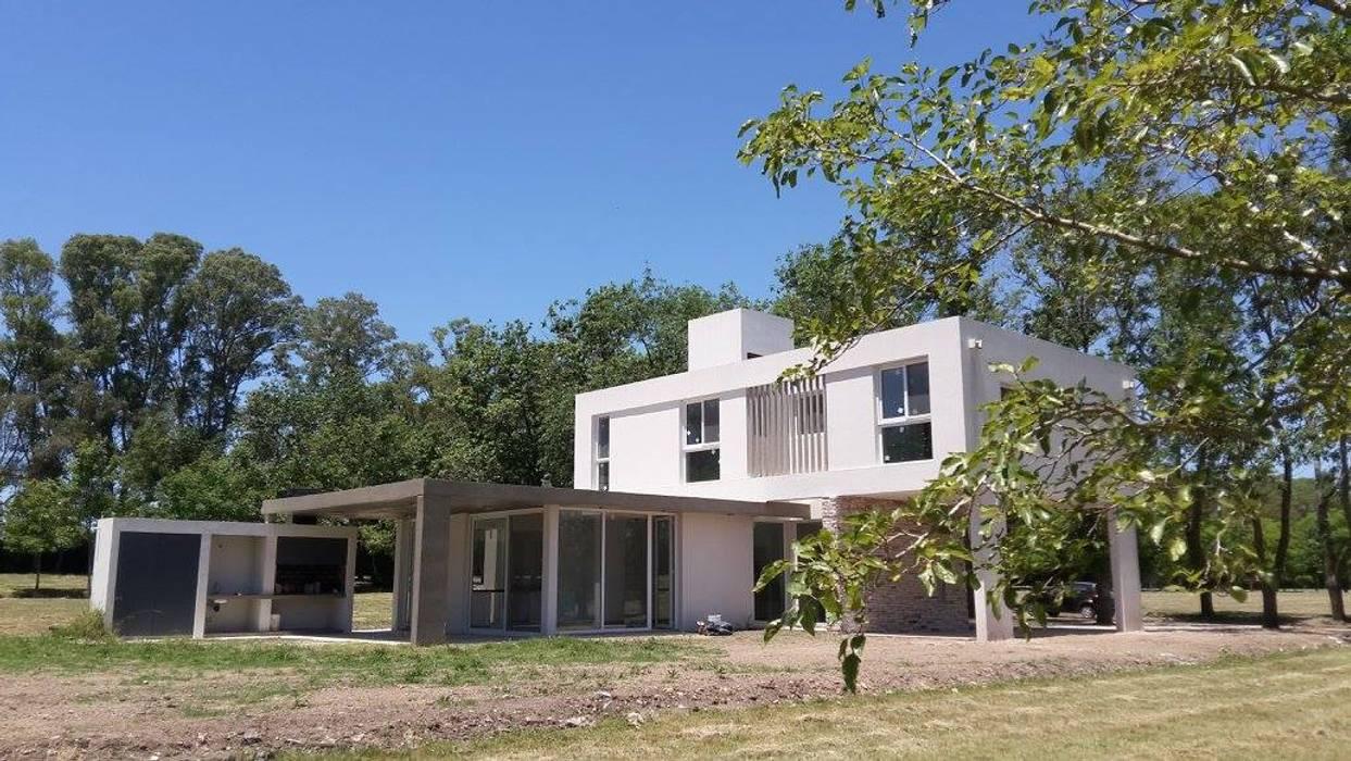 Vivienda M+S GB Casas modernas: Ideas, imágenes y decoración de Arquitectura Bur Zurita Moderno
