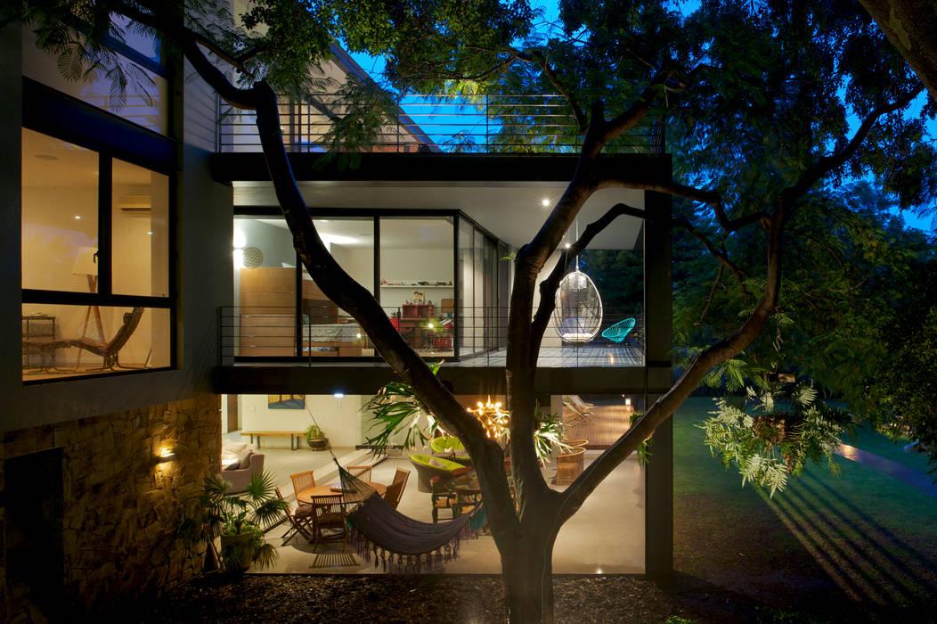 JACARANDAS HOUSE Hernandez Silva Arquitectos Nowoczesne domy