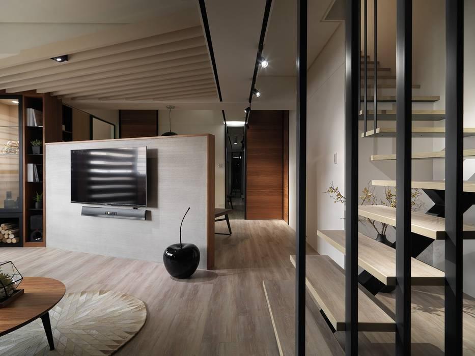 Salas de estilo moderno de 星葉室內裝修有限公司 Moderno