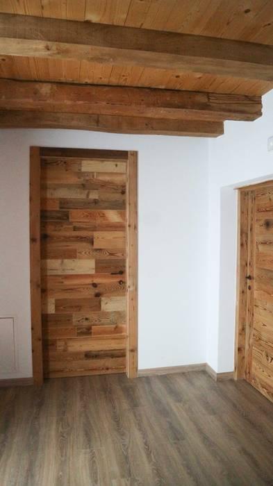 บ้านนอก  โดย RI-NOVO , ชนบทฝรั่ง ไม้ Wood effect