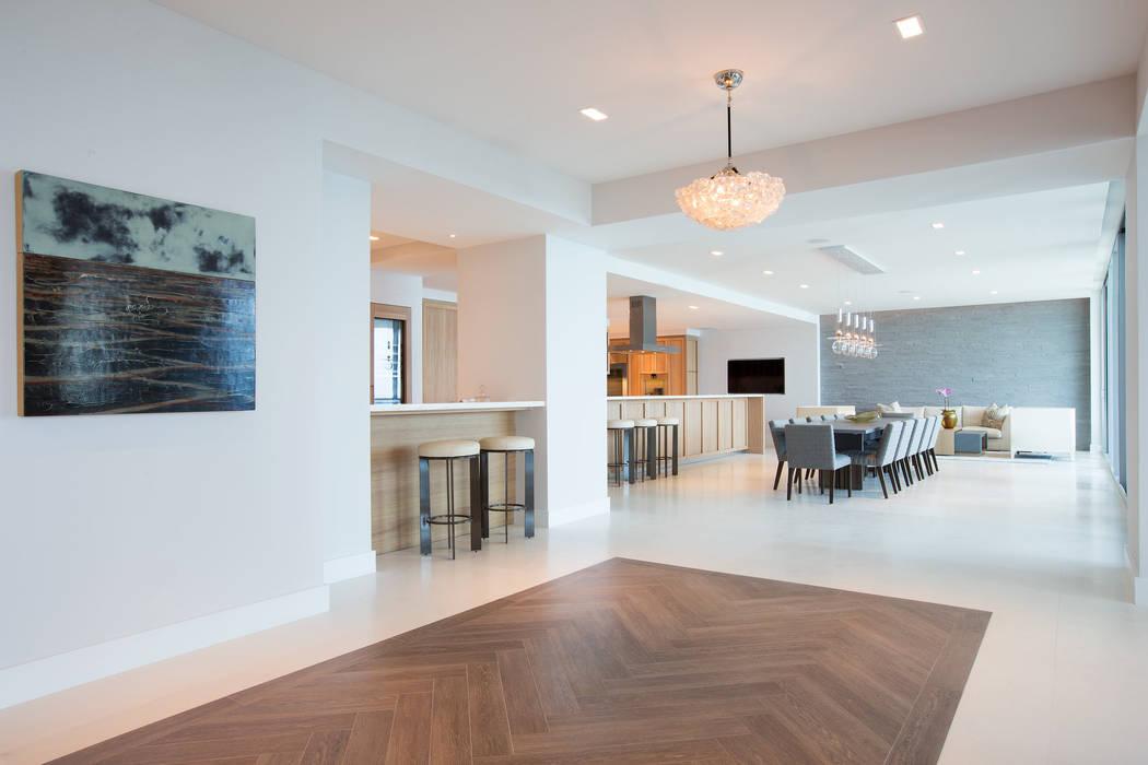 Miami South Beach   Kitchen: Sala da pranzo in stile  di GD Arredamenti, Mediterraneo Legno massello Variopinto
