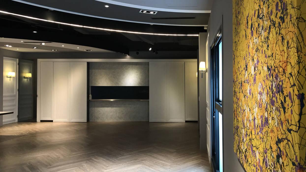 掛畫:  牆面 by 見和空間設計
