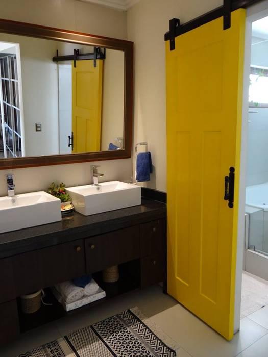 BAÑO : Baños de estilo  por ALLEGRE ARQUITECTOS