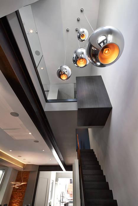Modern Koridor, Hol & Merdivenler KUBE Architecture Modern