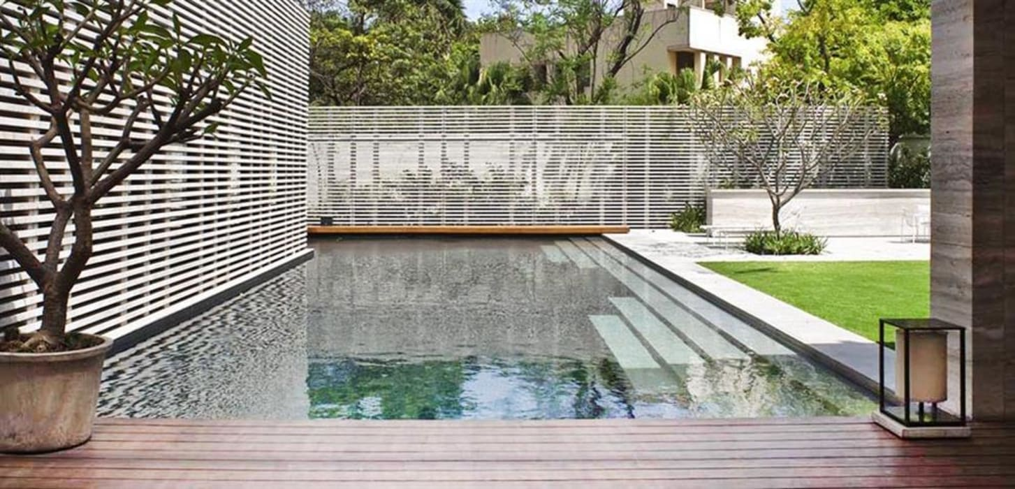Amrita Shergill Marg Modern pool by Sion Projects Modern