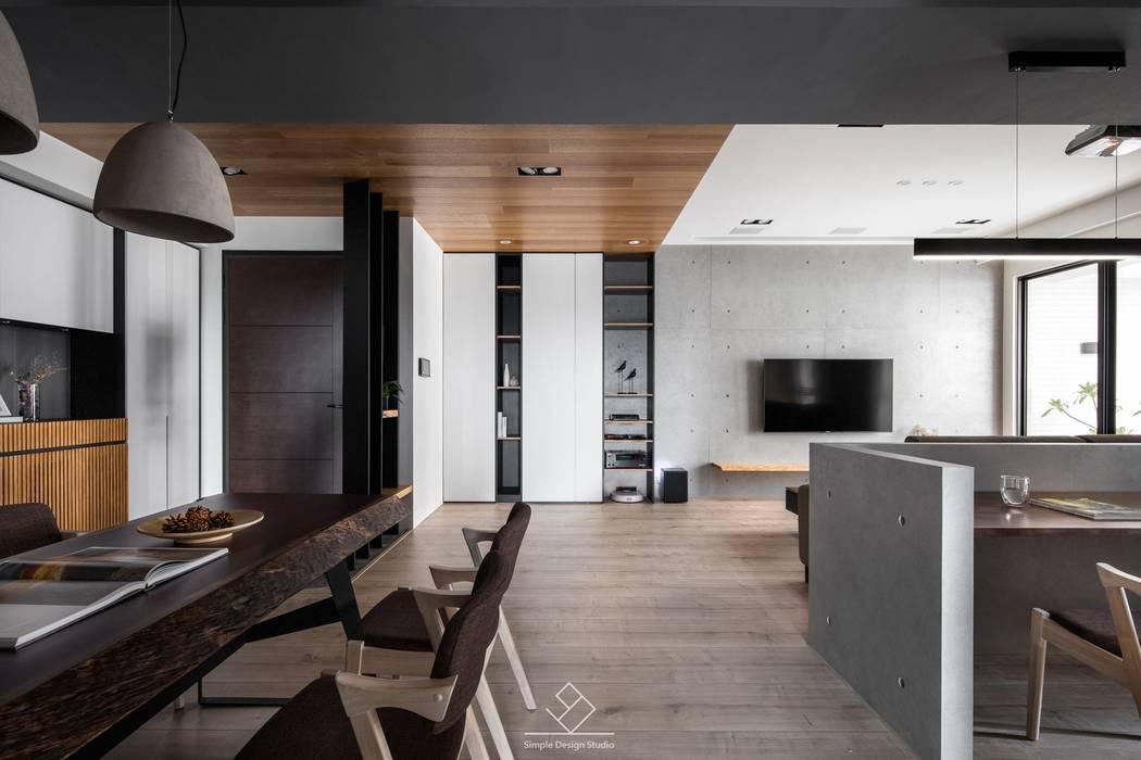 天花板設計:  走廊 & 玄關 by 極簡室內設計 Simple Design Studio