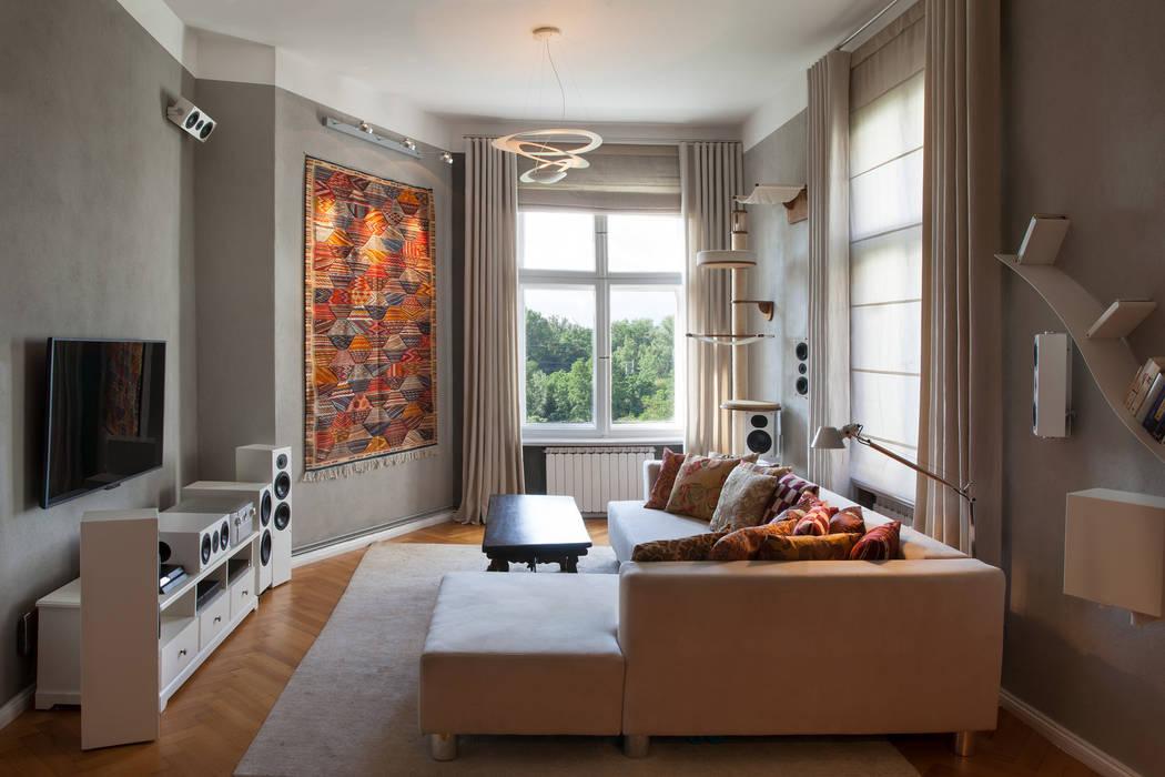 Raumgestaltung mit lehmputz, vorhängen und lichtkonzept ...