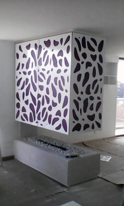 piel para chimenea 3: Salas de estilo  por Omar Interior Designer  Empresa de  Diseño Interior, remodelacion, Cocinas integrales, Decoración