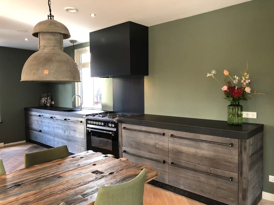 Kitchen by RestyleXL, Country Wood Wood effect