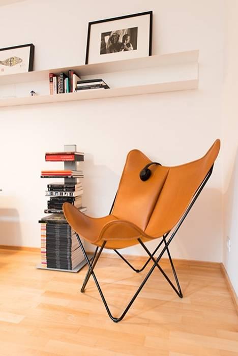 Minimalistische Wohnzimmer von ETNA STUDIO Minimalistisch Holz Holznachbildung