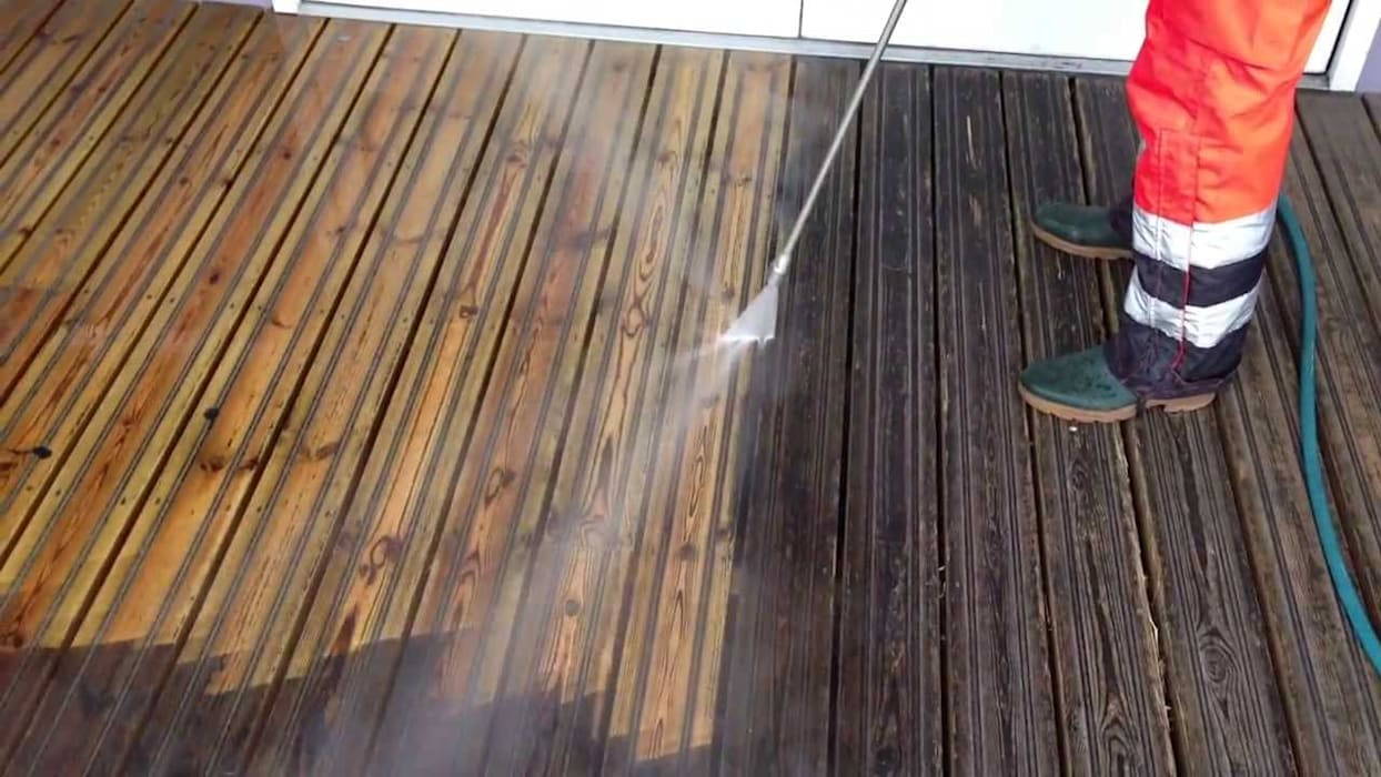 Patio Cleaning London Friendly Cleaners Walls & flooringTiles