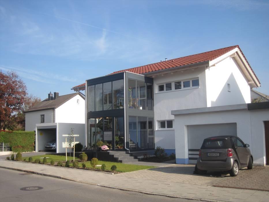 Umbau eines Bestandsgebäudes :  Mehrfamilienhaus von May-Architekten GmbH