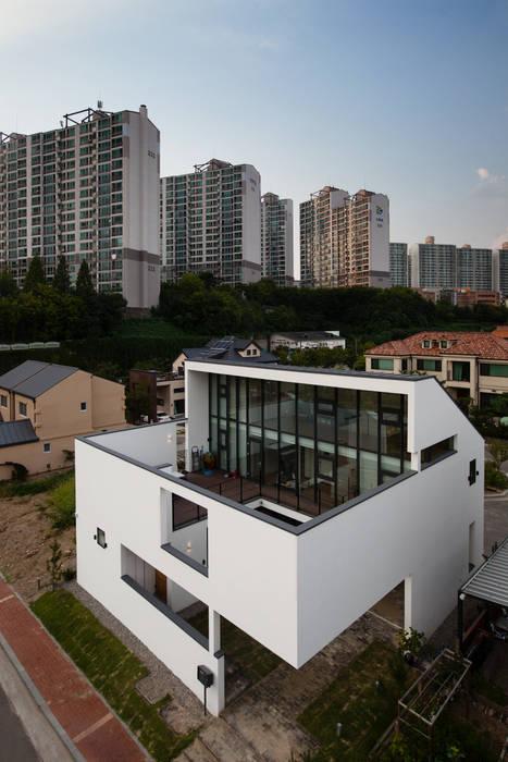 HOUSE DAM 모던스타일 주택 by 디자인그룹 콜라보 모던