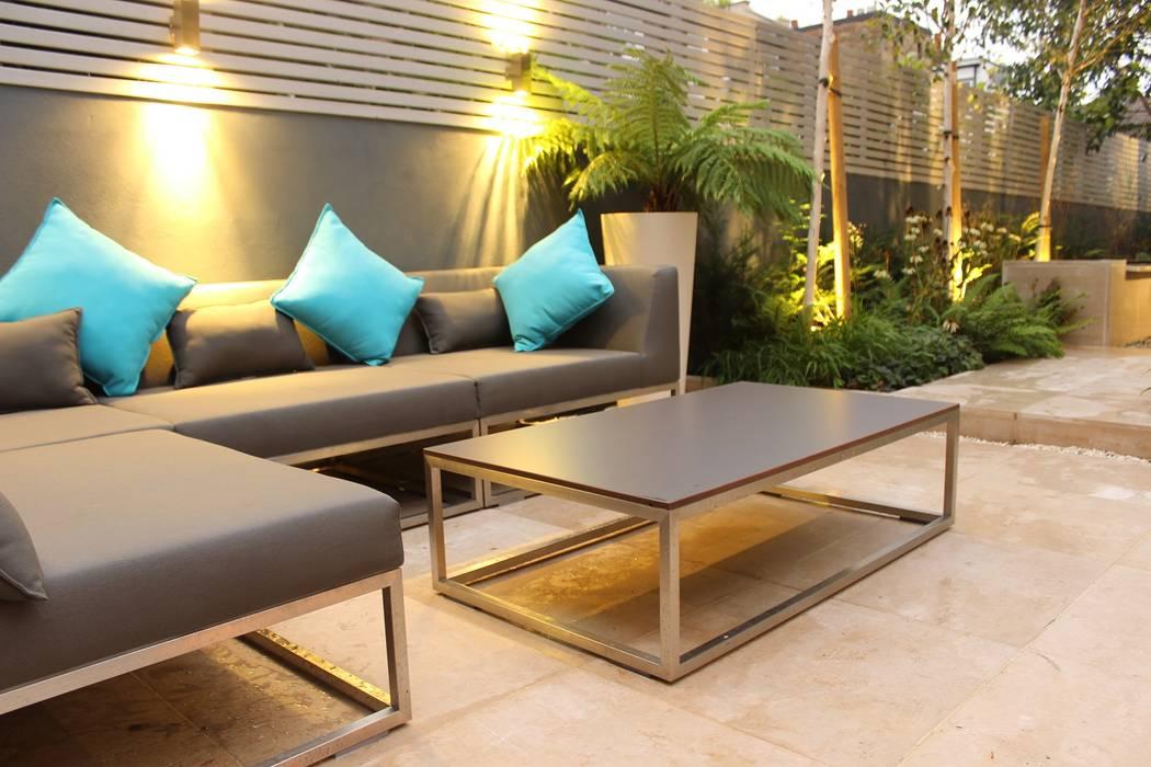 Garden terrace:  Garden by Daniel Shea Garden Design,