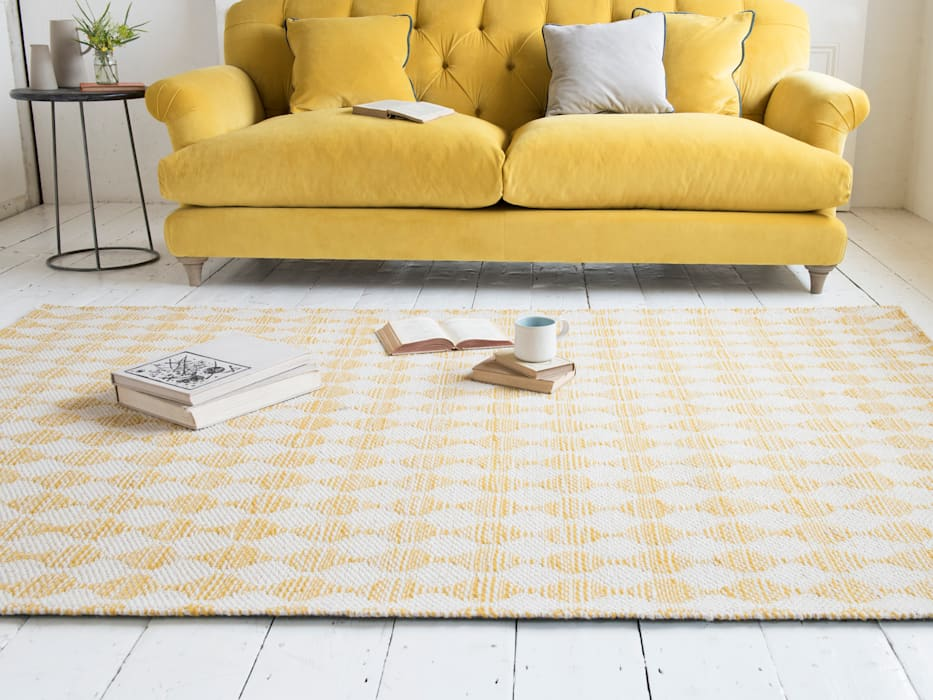Waves rug in Yellow:  Walls & flooring by Loaf